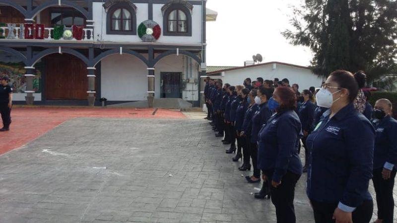 AUTORIDADES DE LAZARO CARDENAS TLX. REALIZAN EN SOLITARIO HOMENAJE DEL 16 DE SEPTIEMBRE